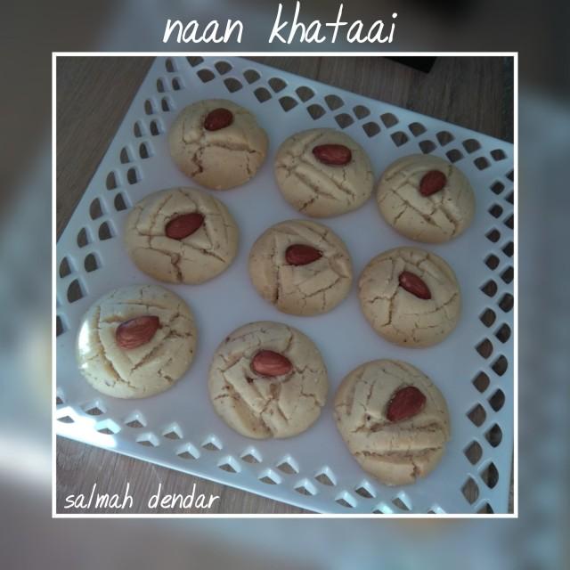 Naan Khataai