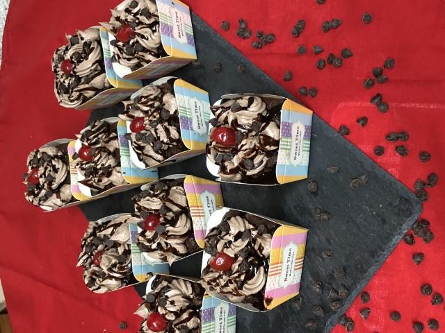 Dark Chocolate Chips Cupcakes
