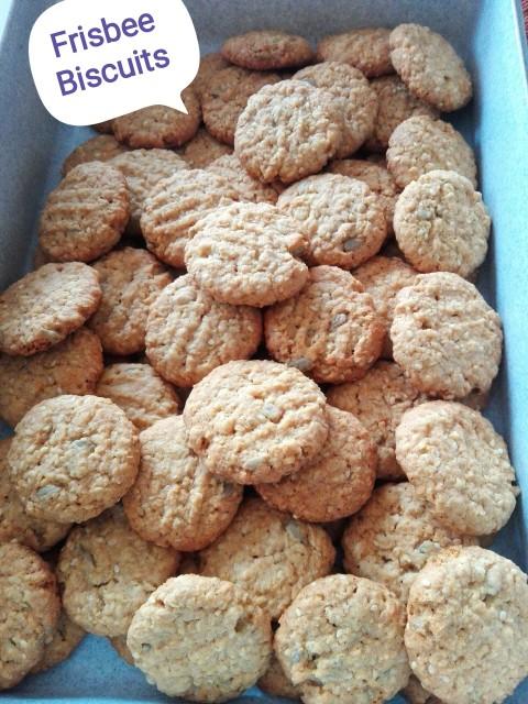Frisbee Biscuits