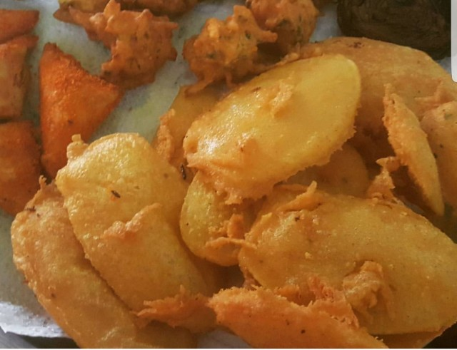Potato Chips Bhajiye