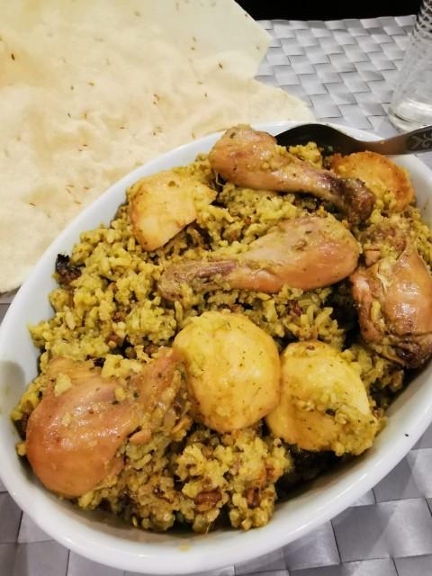 Green Chicken Akni