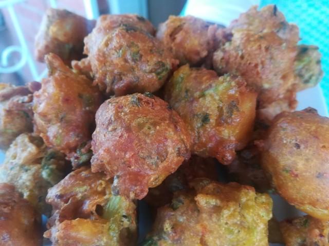 Bhajias ( Chilli Bites)