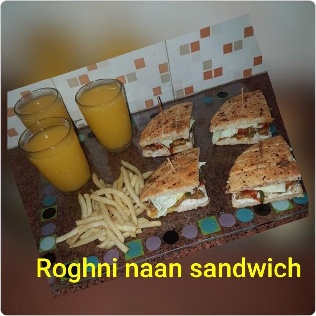 Roghni Naan Sandwich