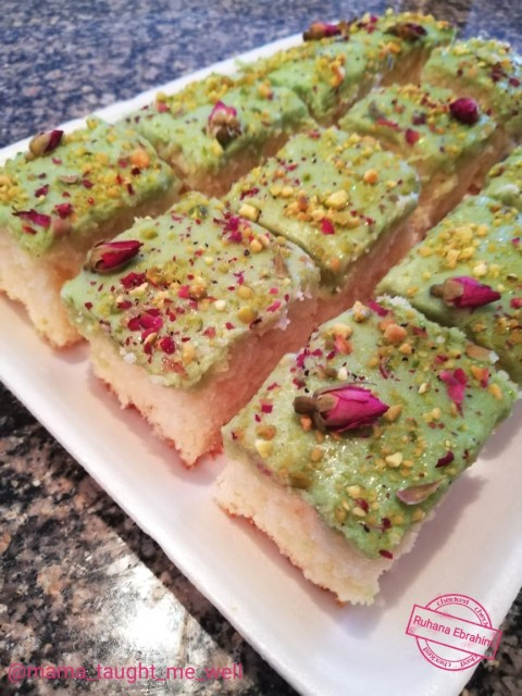 Creamy Pistachio Burfee Cake