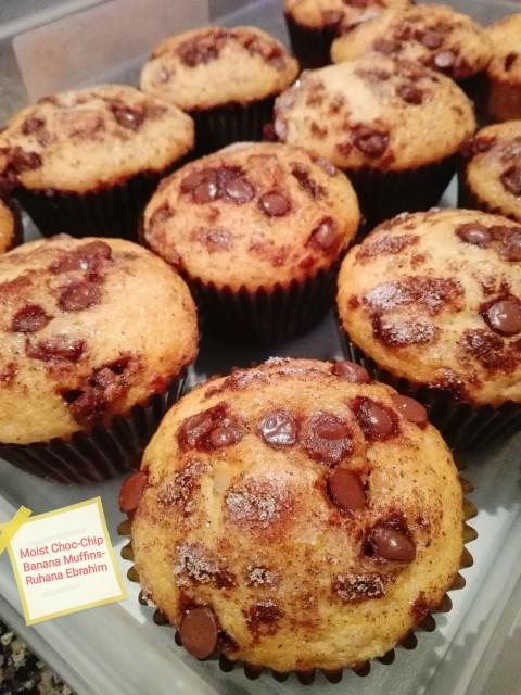 Moist Choc-chip Banana Muffins