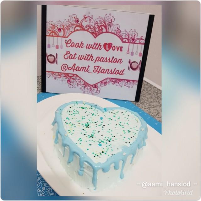 Bubble Gum Cake Recipe By Aami Hanslod