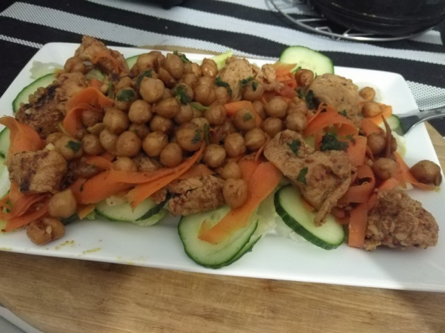 Easy Chicken And Chickpea Salad