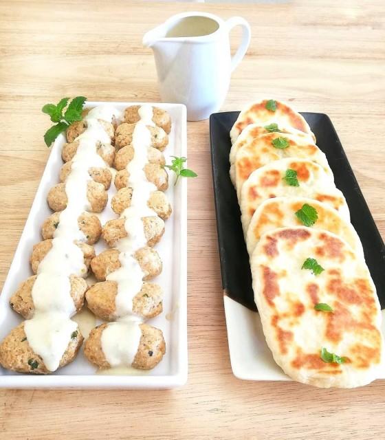Kebabs (kofta) In A Lemon Butter Sauce (with Khameera Naan)