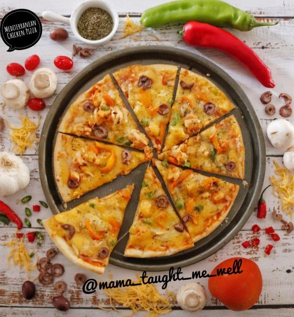Mediterranean Chicken Pizza