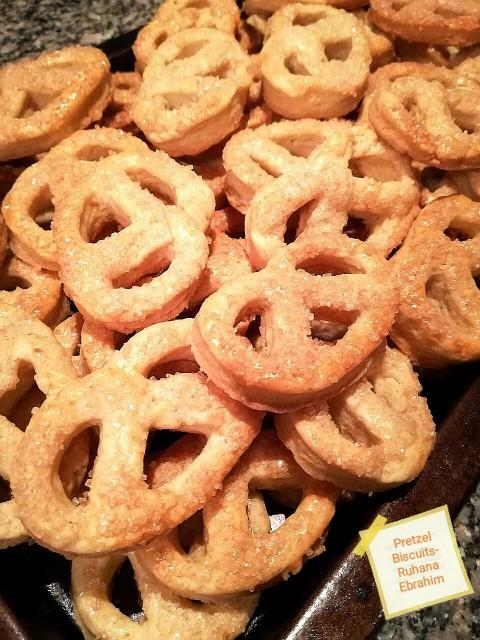 Pretzel Biscuits