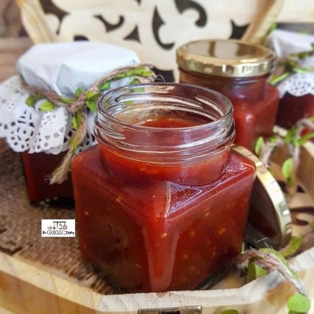 Red Chutney  / Easy Tomato Sauce Chutney