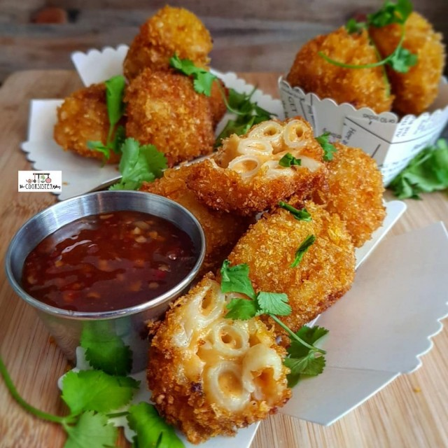 Spicy Mac And Cheese Balls