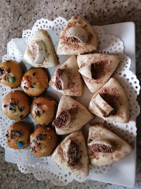 Caramel Coconut Pecan Biscuit