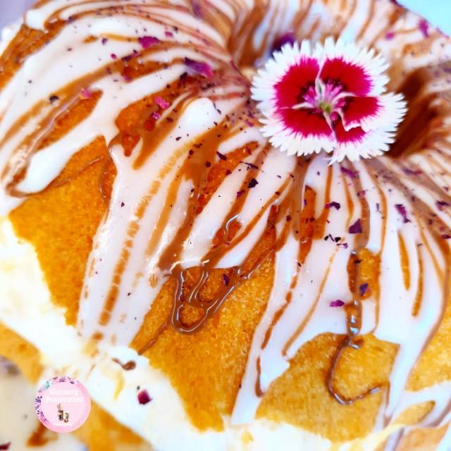 Custard Cream Cake
