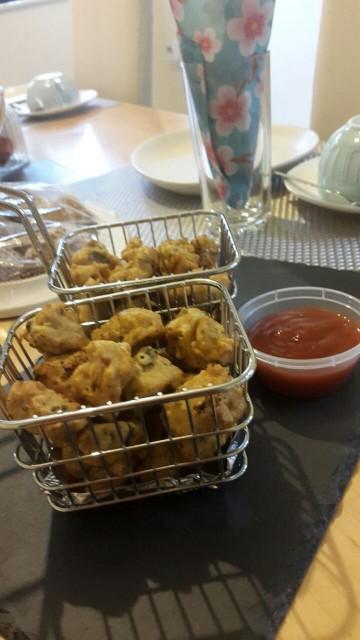 Chicken Bhajias (pakoras)