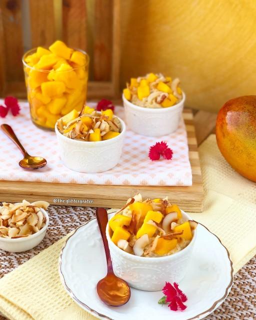 Mango And Coconut Oatmeal