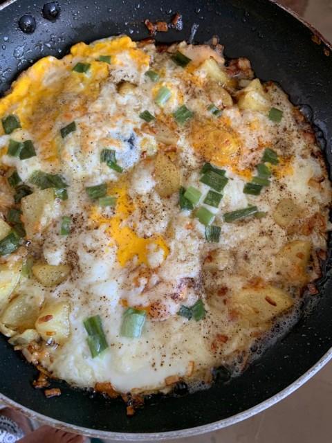 Potato And Egg Breakfast Hash