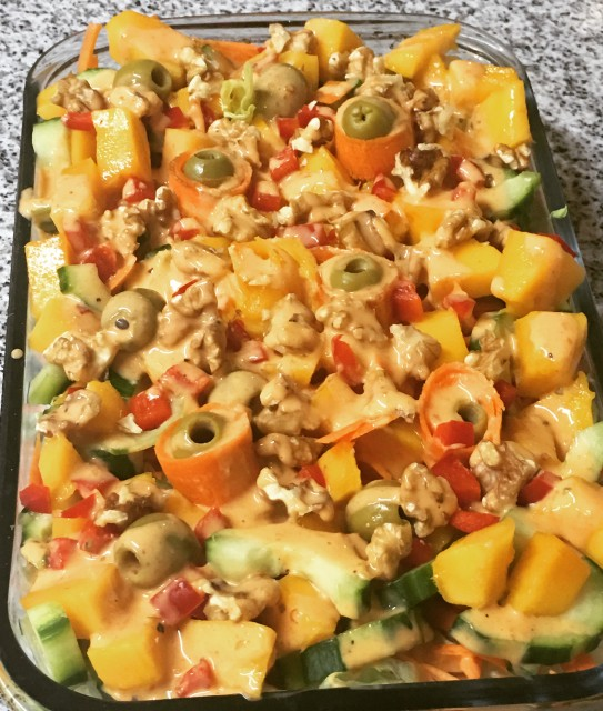 Walnut & Mango Salad