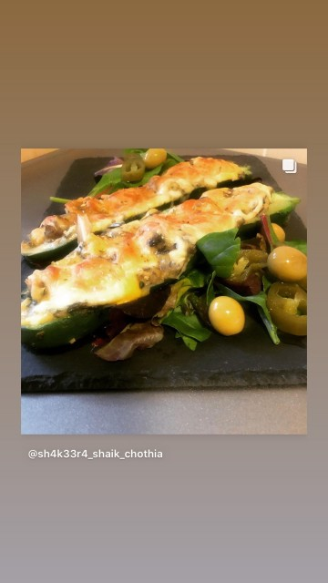 Stuffed Courgette Boats
