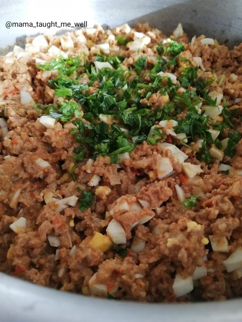 Mince With Boiled Eggs