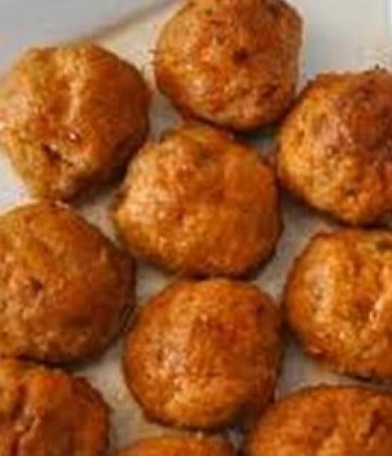 Methi Baaji And Macaroni Cheese Balls