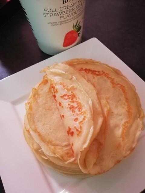 Strawberry & Cream Yogurt Pancakes