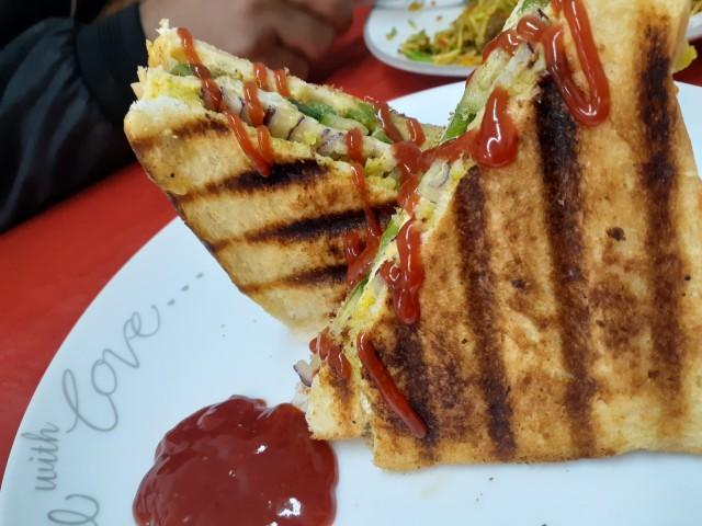 Bombay Grill Veg Sandwich