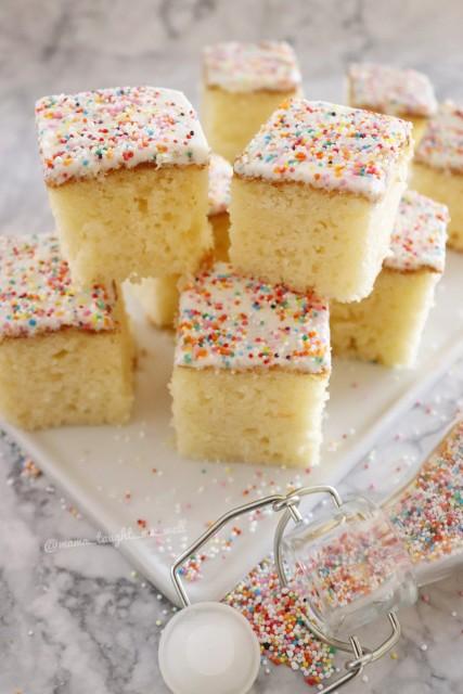 Vanilla Butter Sponge Cake