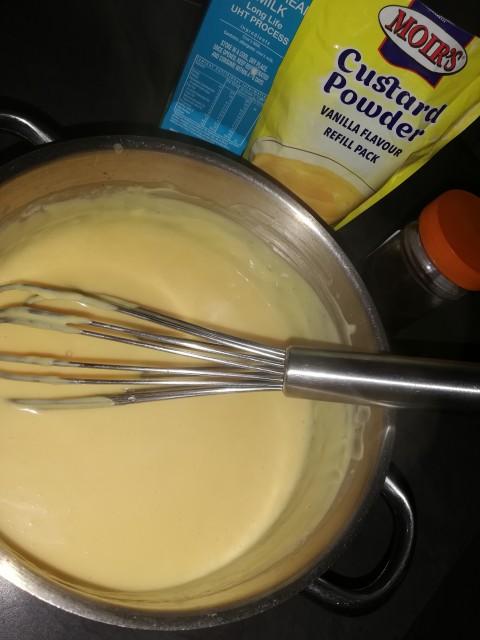 Moirs custard powder ingredients