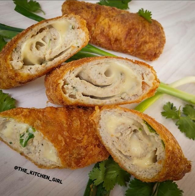 Chicken Cheese Shahi Rolls