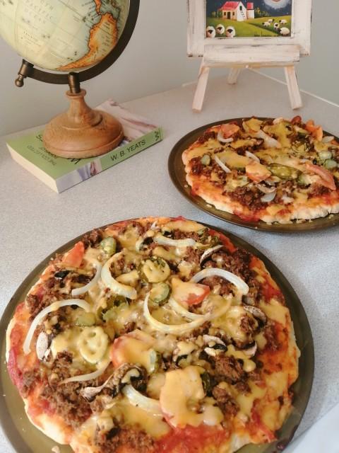 Plant Based, Burger Pizza