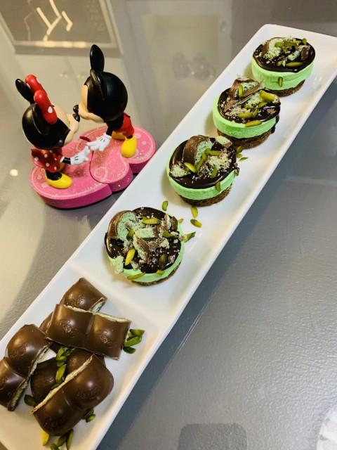 Aero Mousse Mini Cakes