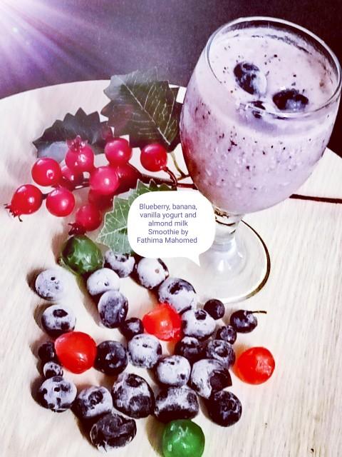 Blu-berry-licious, Banana Vanilla Yogurt Smoothie